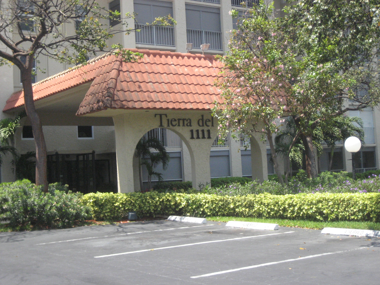 1111 S Ocean Boulevard, Boca Raton, FL 33432