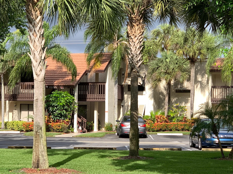 10155 Mangrove Drive, Boynton Beach, FL 33437