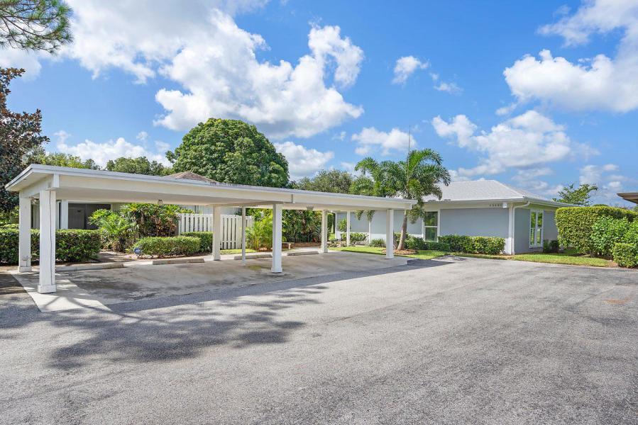 13681 Eastpointe Way, West Palm Beach, FL 33418