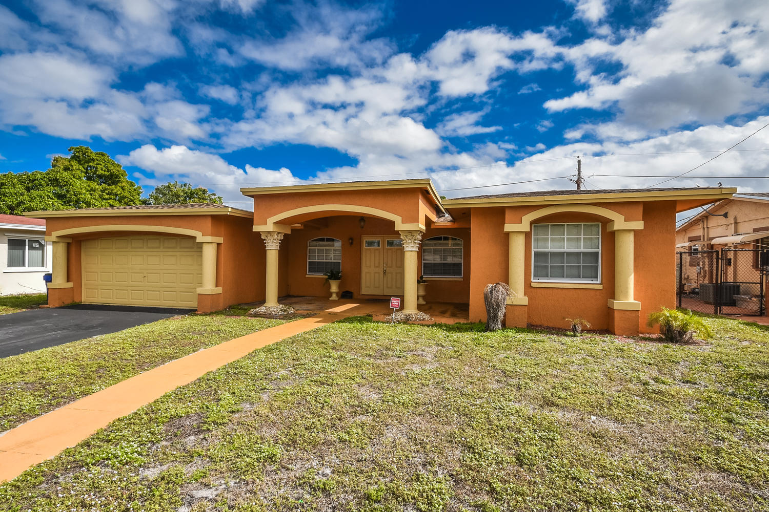2200 Nw 32nd Terrace, Lauderdale Lakes, FL 33311