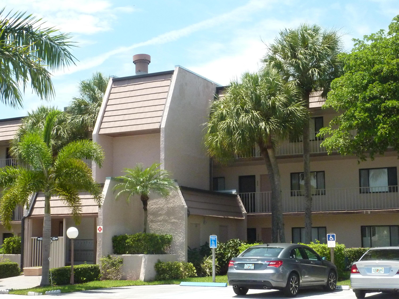 4471 Luxemburg Court, Lake Worth, FL 33467