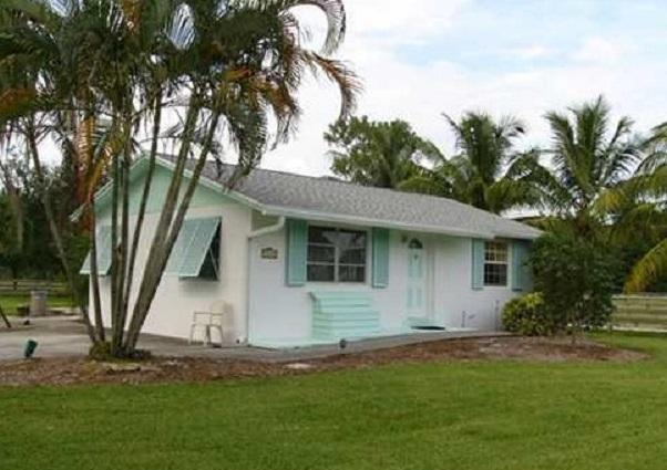 13275 Collecting Canal Road, Loxahatchee Groves, FL 33470