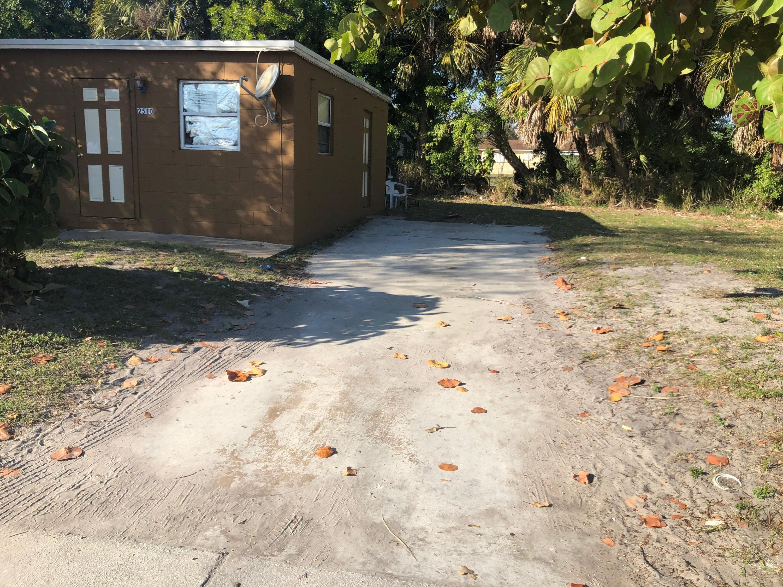 2510 Ave L, Fort Pierce, FL 34947