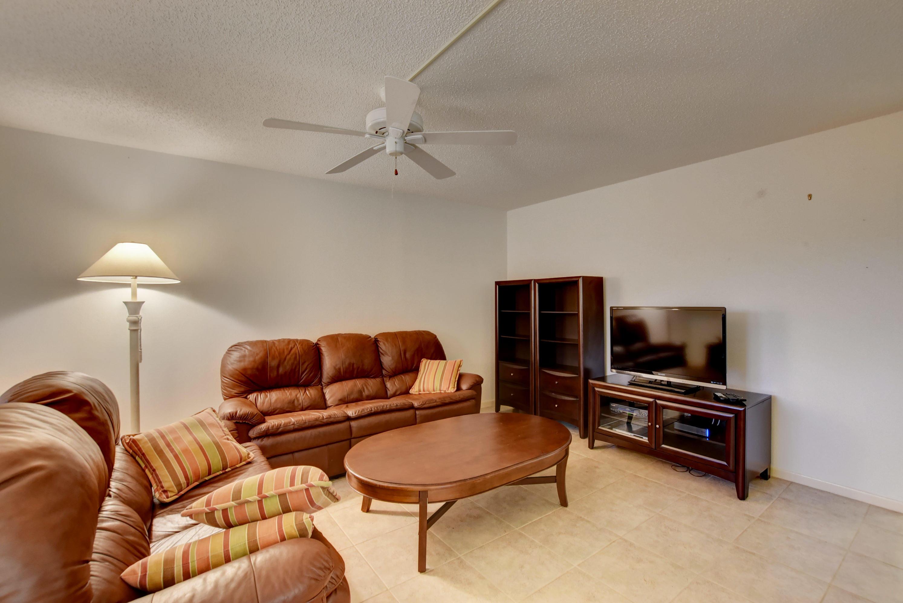 15036 Ashland Ln, Delray Beach, FL 33484