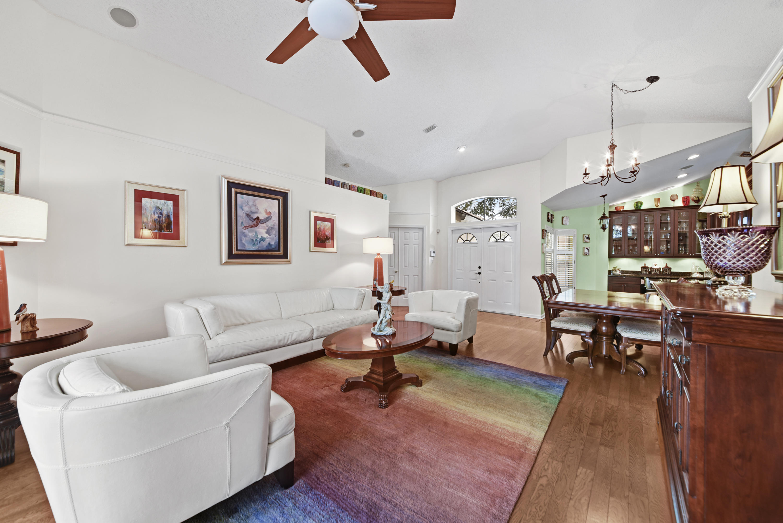 117 Belmont Drive, Royal Palm Beach, FL 33411