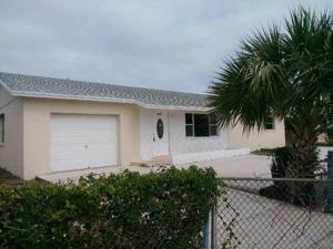1480 W 32nd Street, Riviera Beach, FL 33404