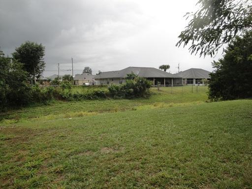 942 Sw Fable Avenue, Port Saint Lucie, FL 34953