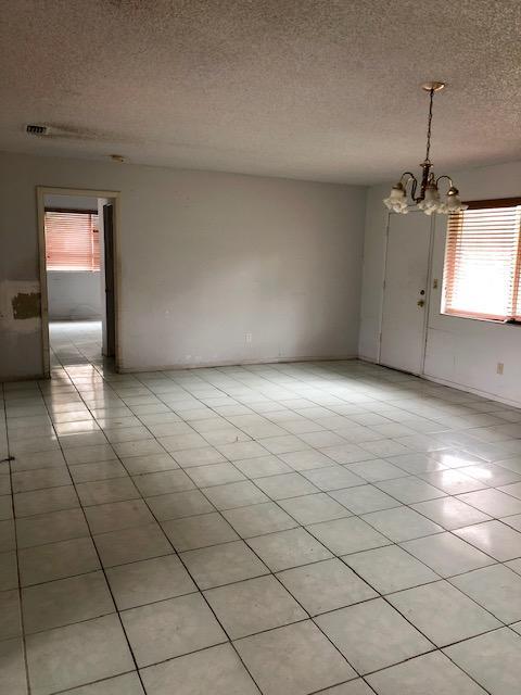 5812 Silver Oak Drive, Fort Pierce, FL 34982