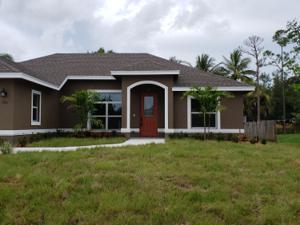 702 Se Damask Avenue, Port Saint Lucie, FL 34983