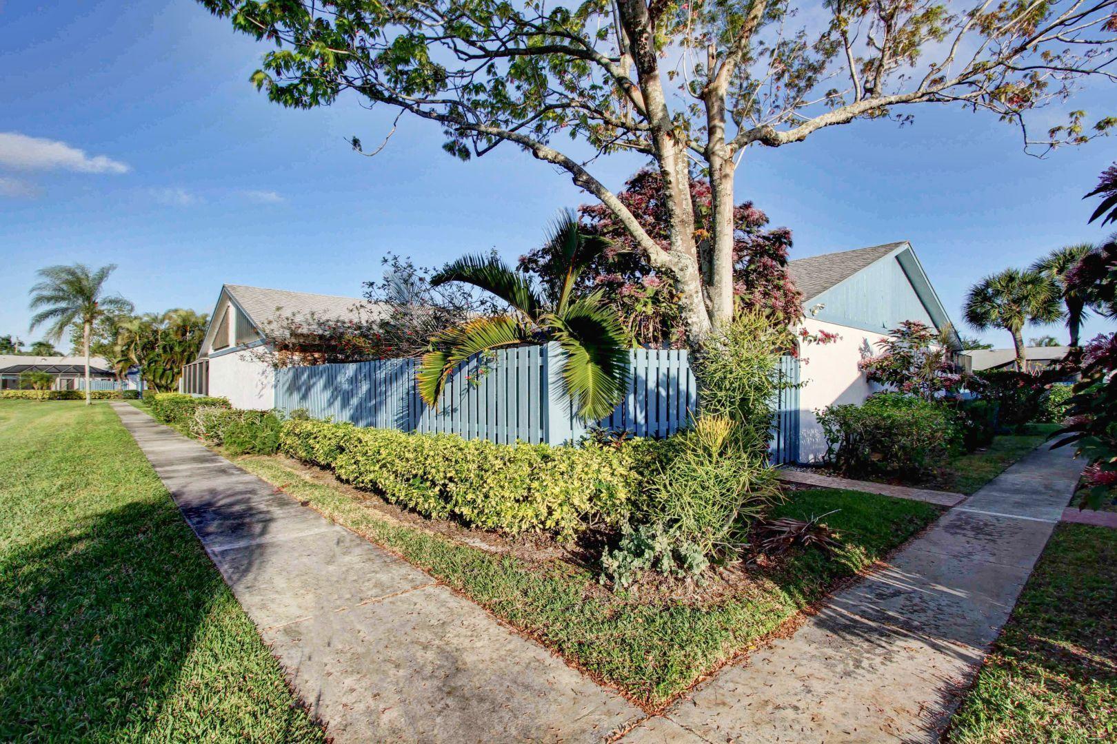 1602 Timberlane Circle, Greenacres, FL 33463