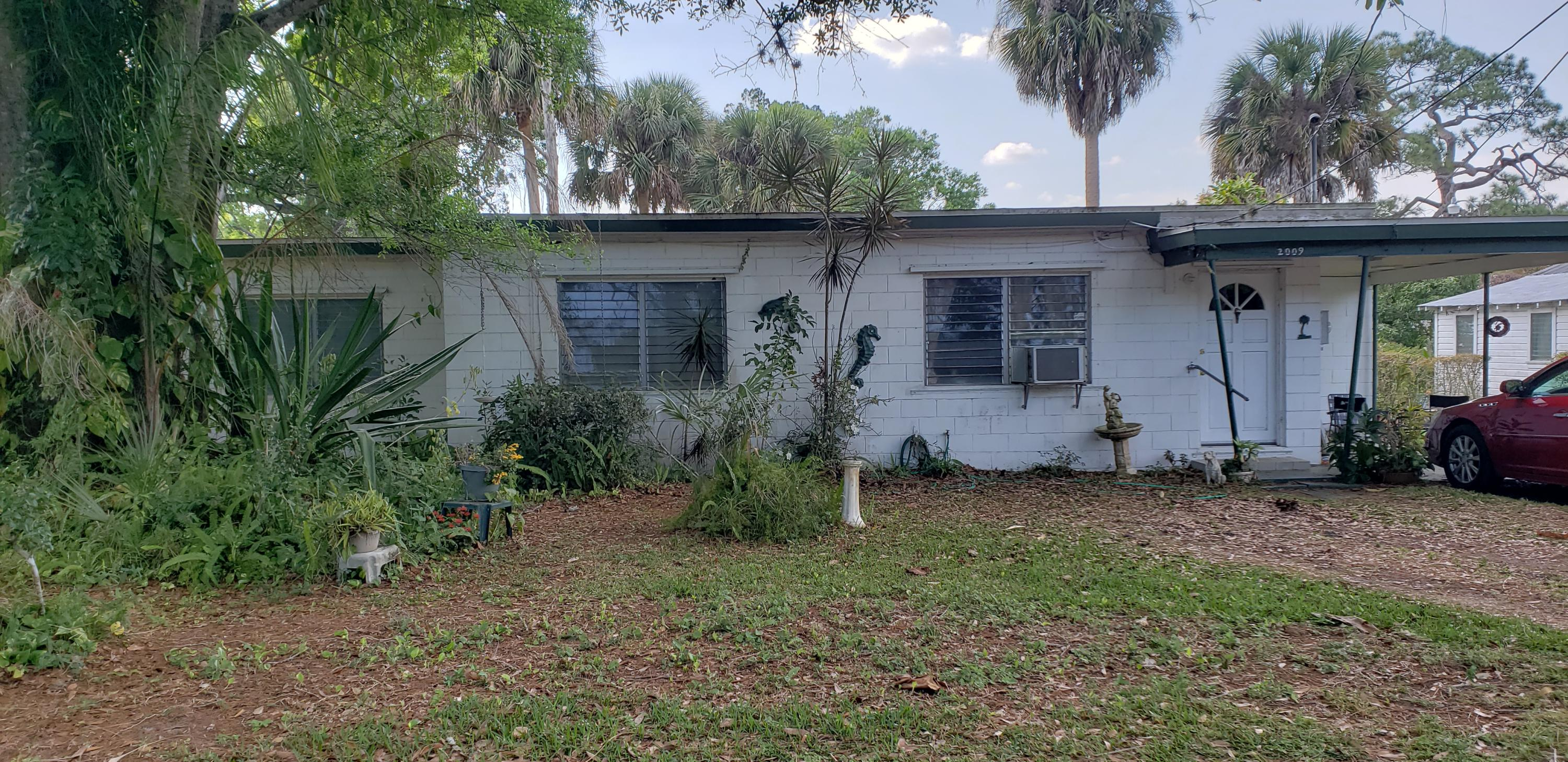 2009 S 29th Street, Fort Pierce, FL 34947