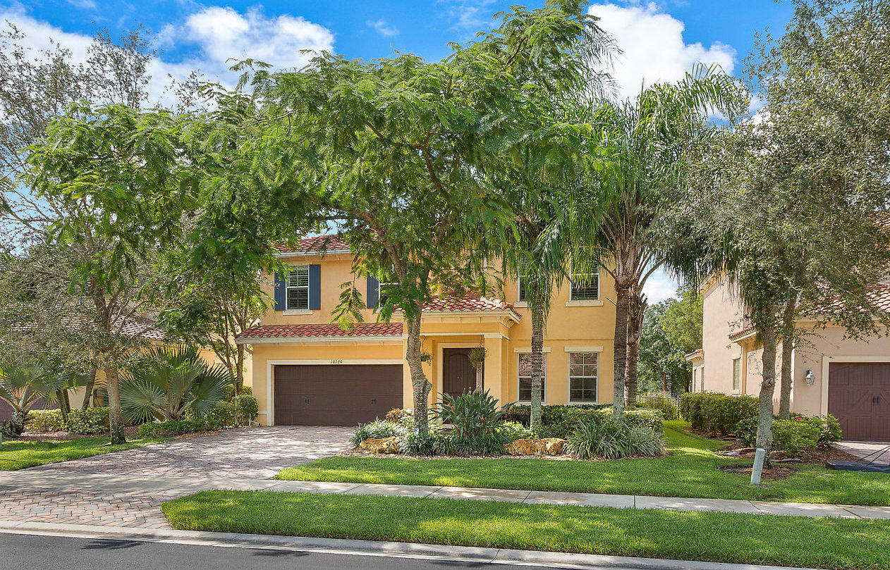 10730 Willow Oak Court, Wellington, FL 33414