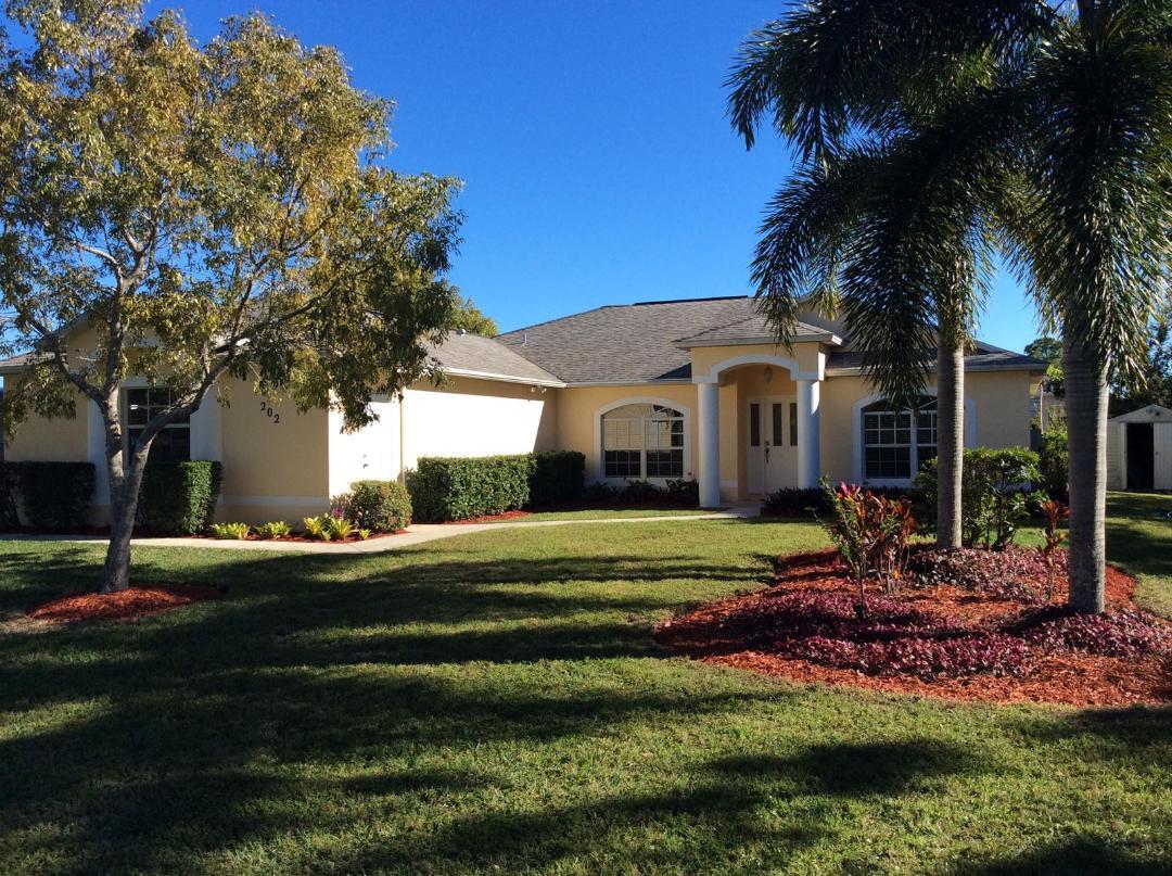 202 Sw Chelsea Terrace, Port Saint Lucie, FL 34984