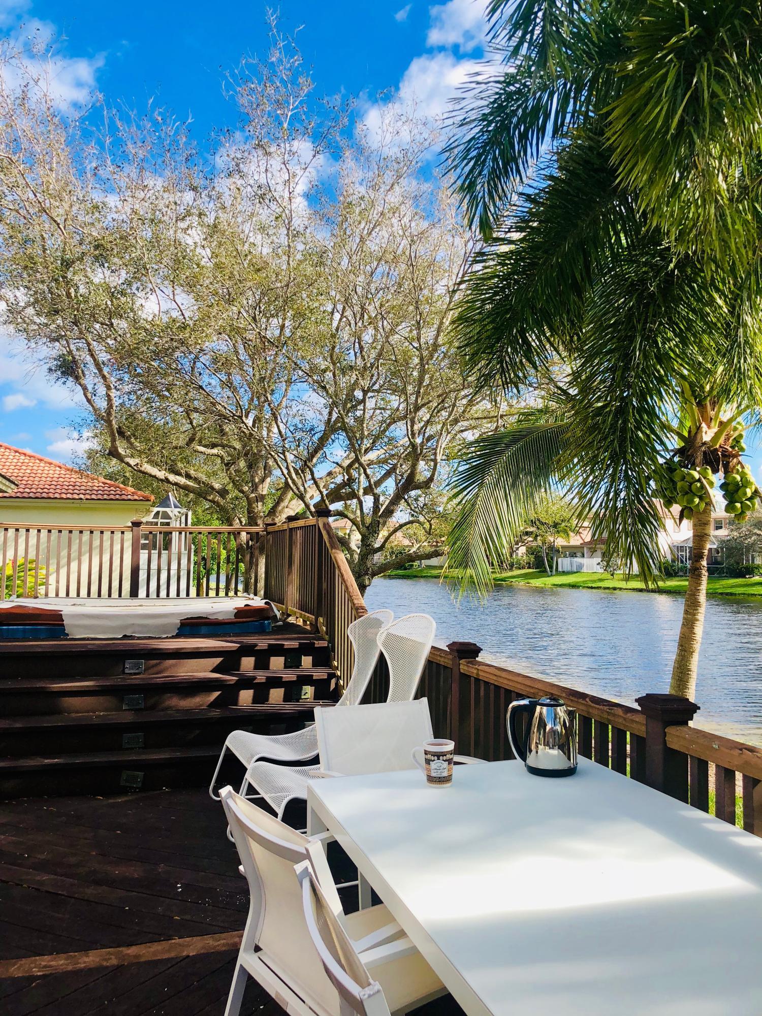 4980 Pelican Manor, Coconut Creek, FL 33073