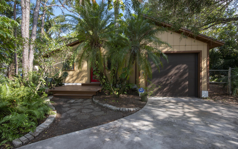 6411 Se Lillian Court, Stuart, FL 34997