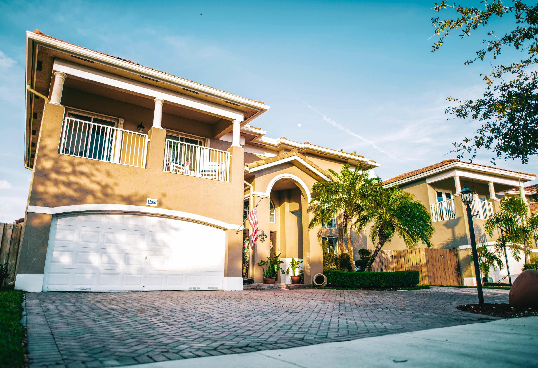 12957 Sw 140th Street Road, Miami, FL 33186