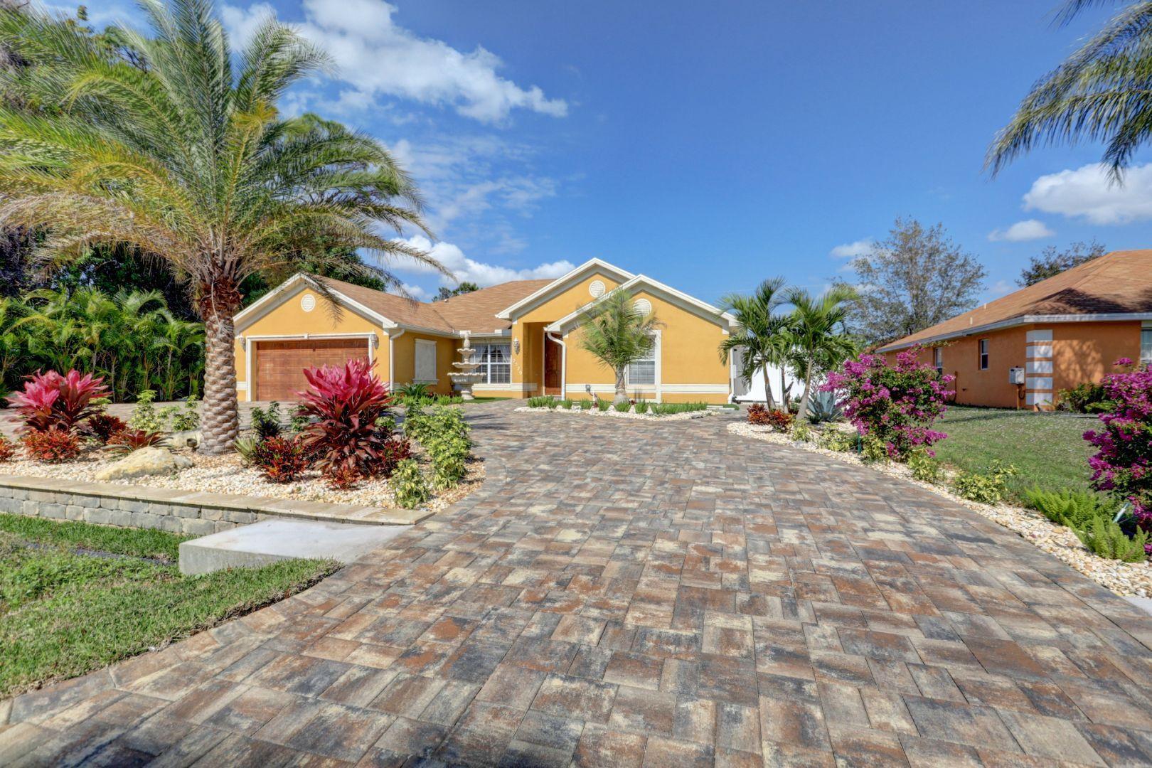 2529 Sw Grotto Circle, Port Saint Lucie, FL 34953