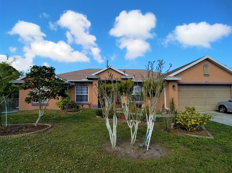 2565 Se Mariposa Avenue, Port Saint Lucie, FL 34952