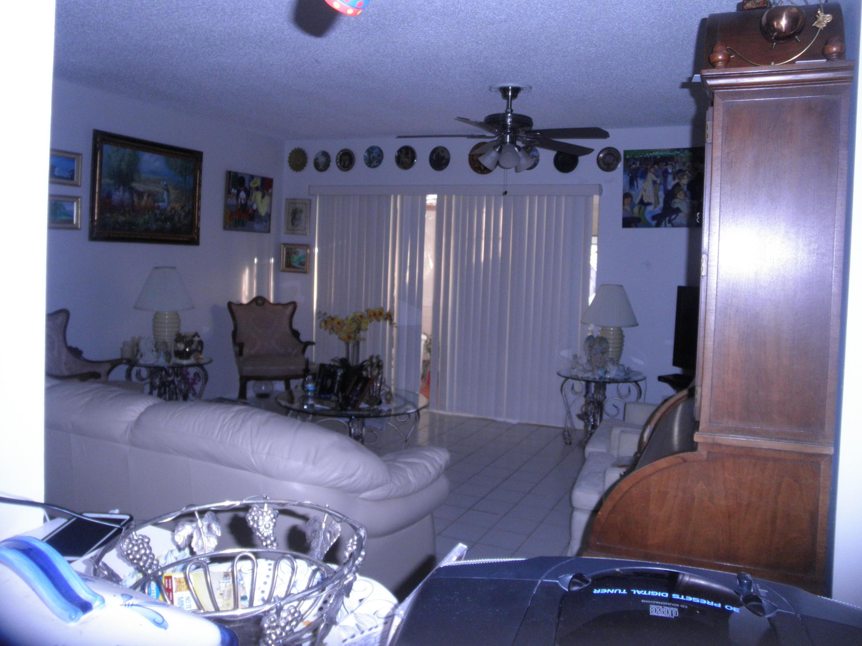 721 Lori Drive, Palm Springs, FL 33461
