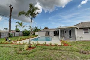 171 Ne Caprona Avenue, Port Saint Lucie, FL 34983