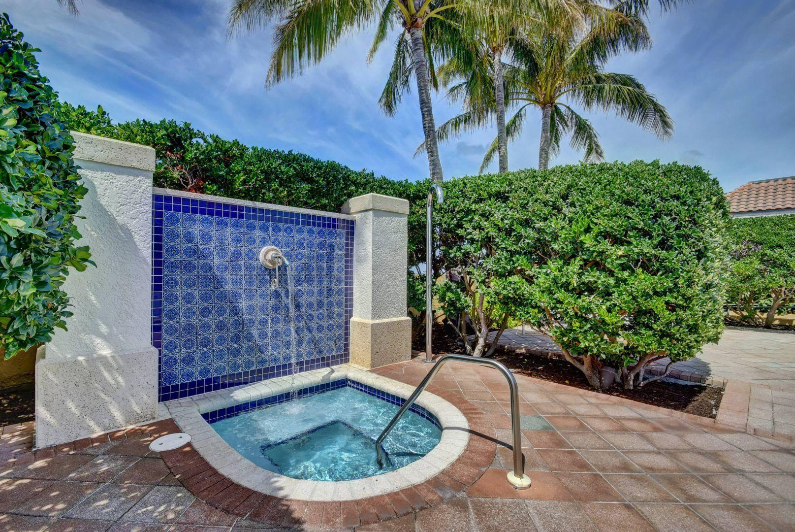 403 S Sapodilla Avenue, West Palm Beach, FL 33401