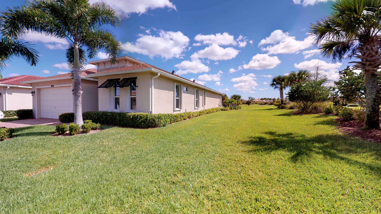 9798 Sw Chestwood Avenue, Port Saint Lucie, FL 34987