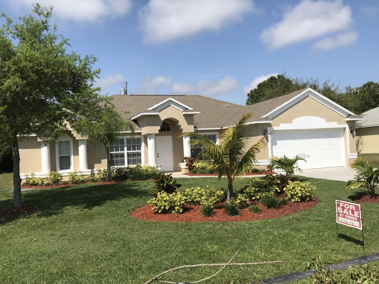 1750 Se Gaskins Circle, Port Saint Lucie, FL 34952