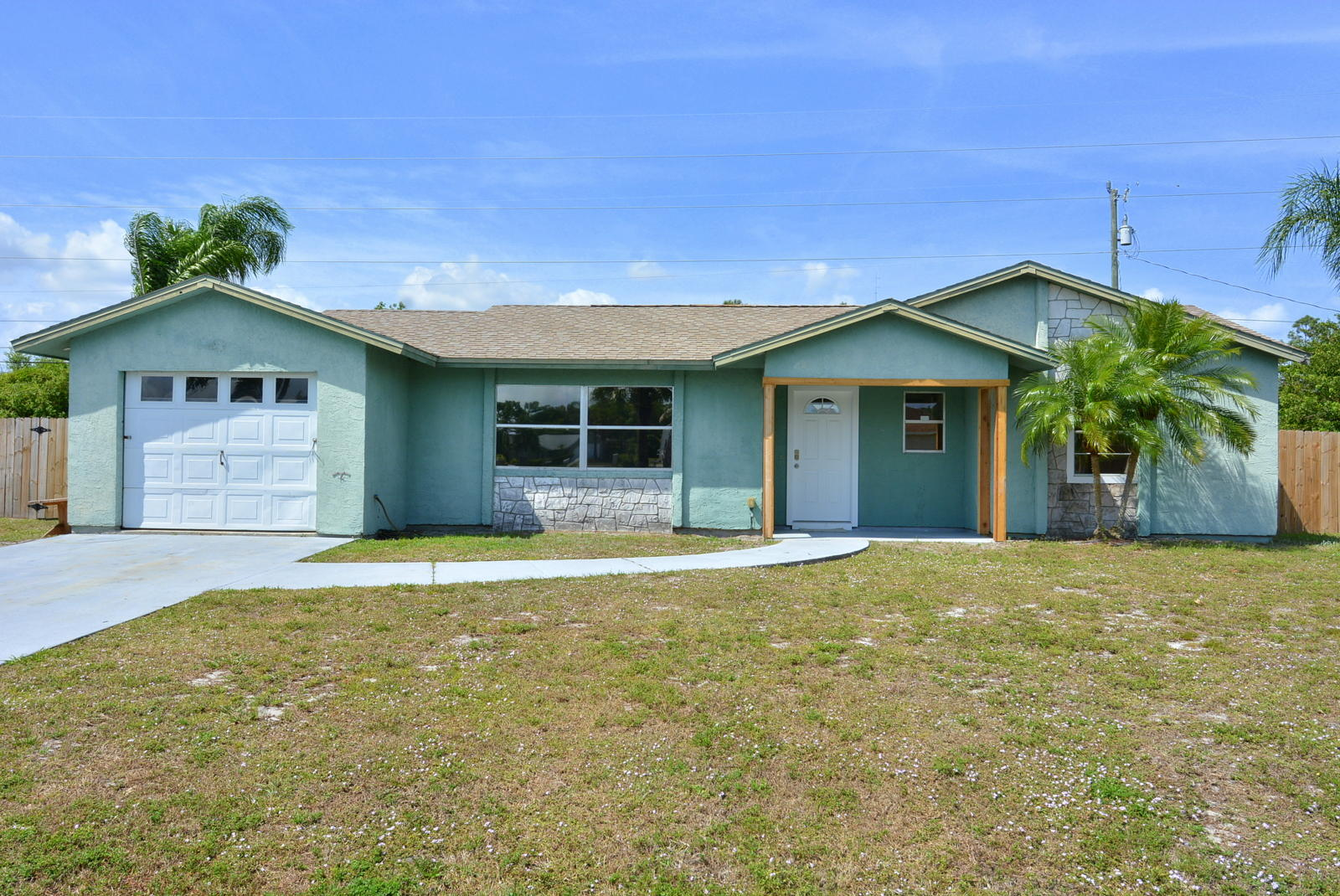 195 8th Sw Avenue, Vero Beach, FL 32962