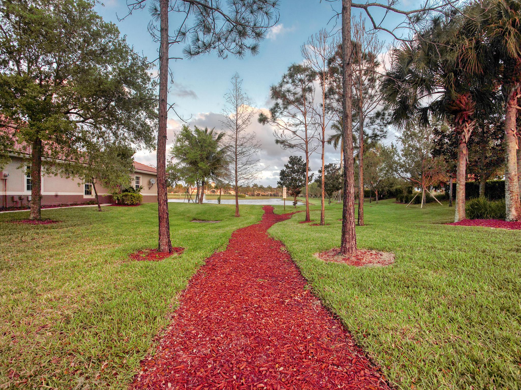 6737 Old Farm Trail, Boynton Beach, FL 33437