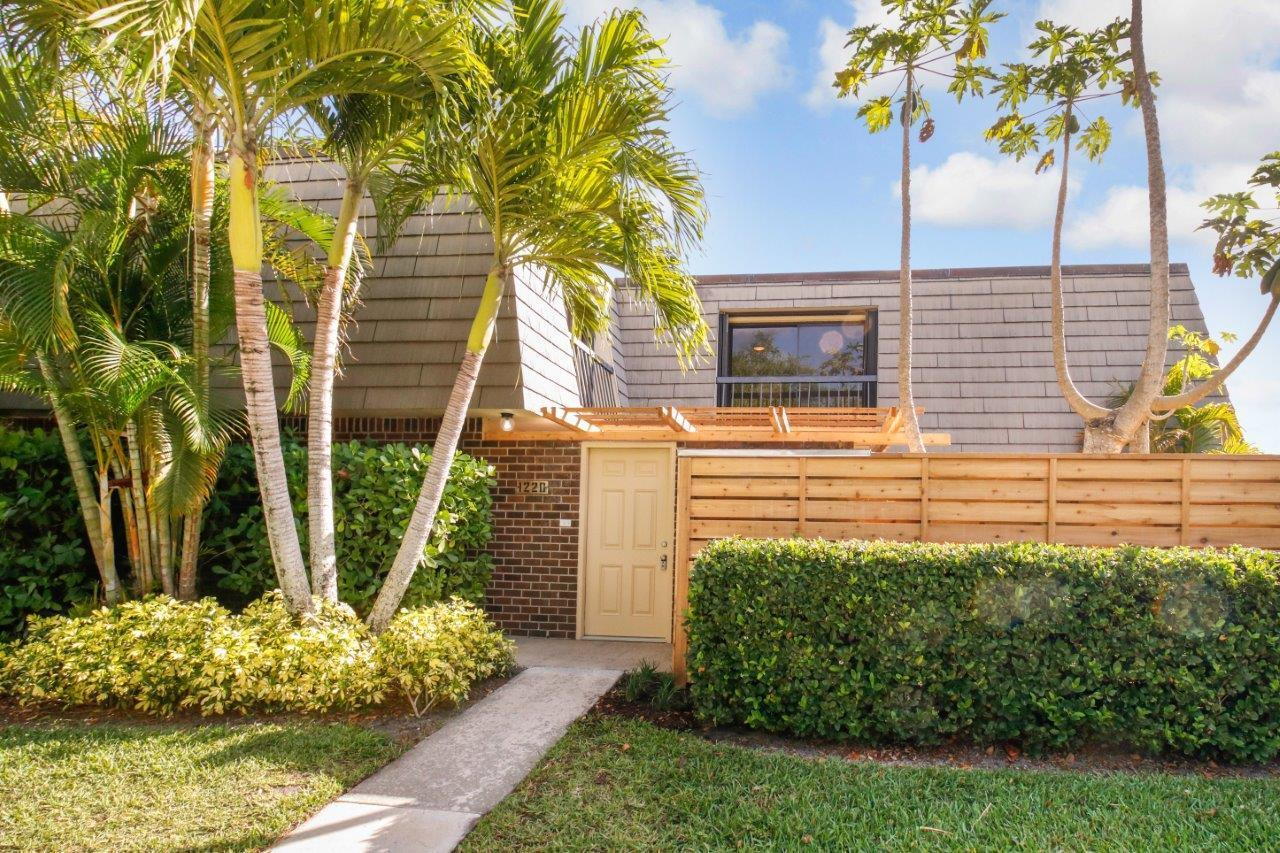 1220 12th Terrace, Palm Beach Gardens, FL 33418