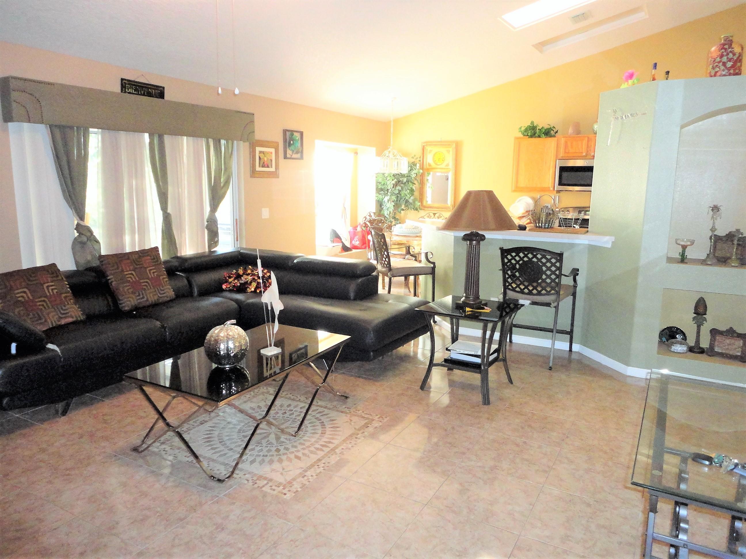 1772 Southeast Fallon Drive, Port Saint Lucie, FL 34983