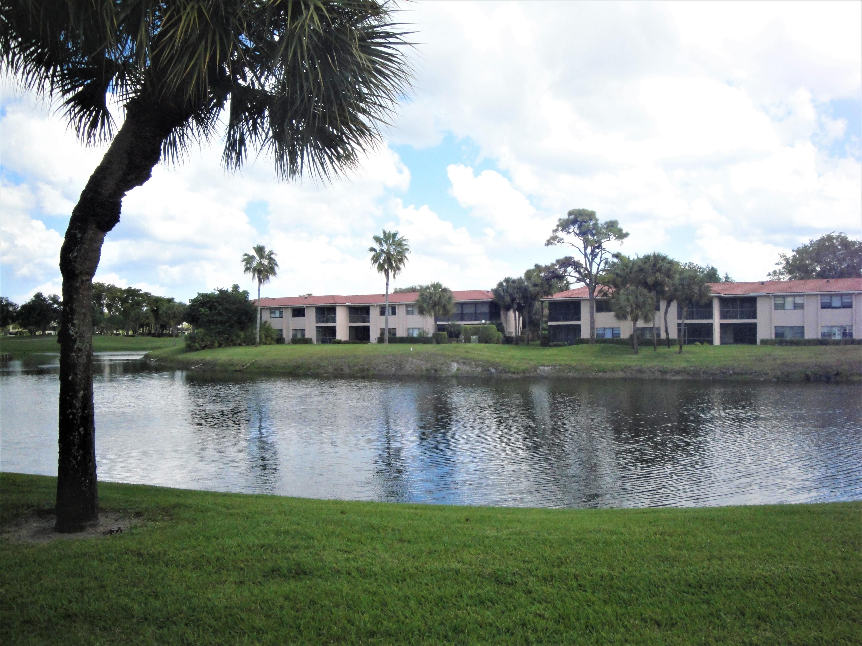 36 Southport Lane, Boynton Beach, FL 33436