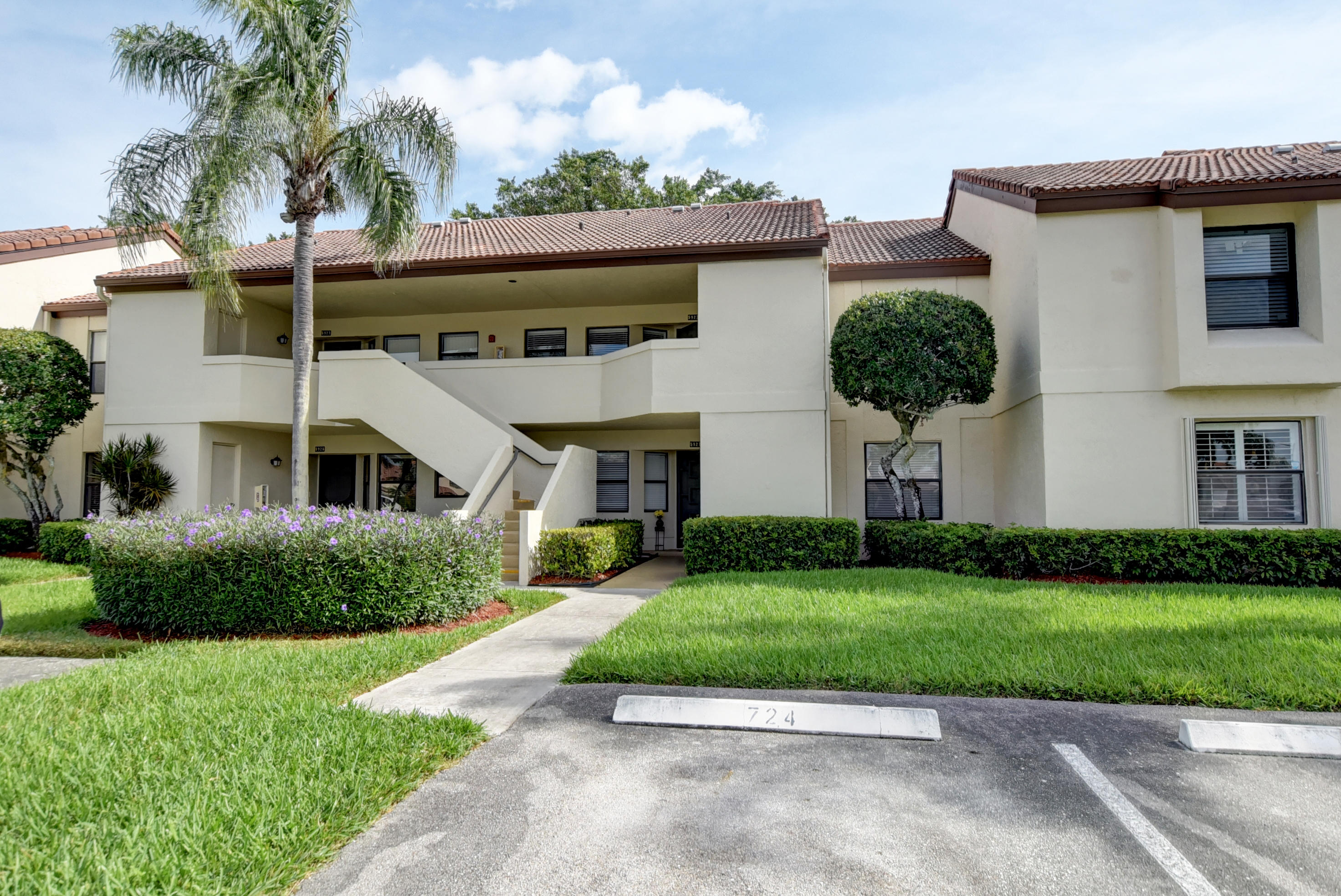 5923 Parkwalk Drive, Boynton Beach, FL 33472
