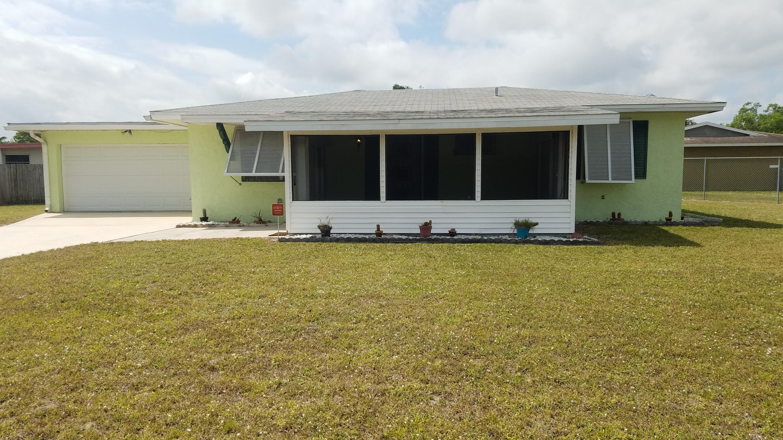 175 Ne Lobster Road, Port Saint Lucie, FL 34983