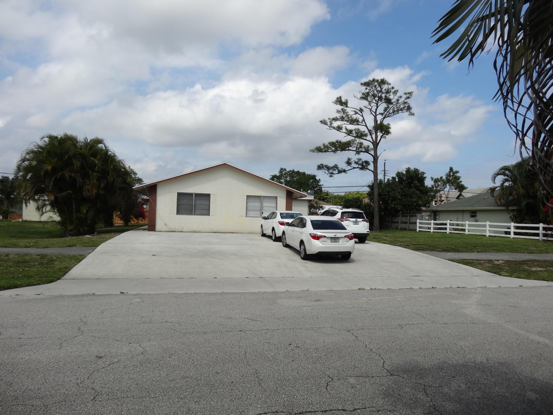4707 Clinton Boulevard, Lake Worth, FL 33463