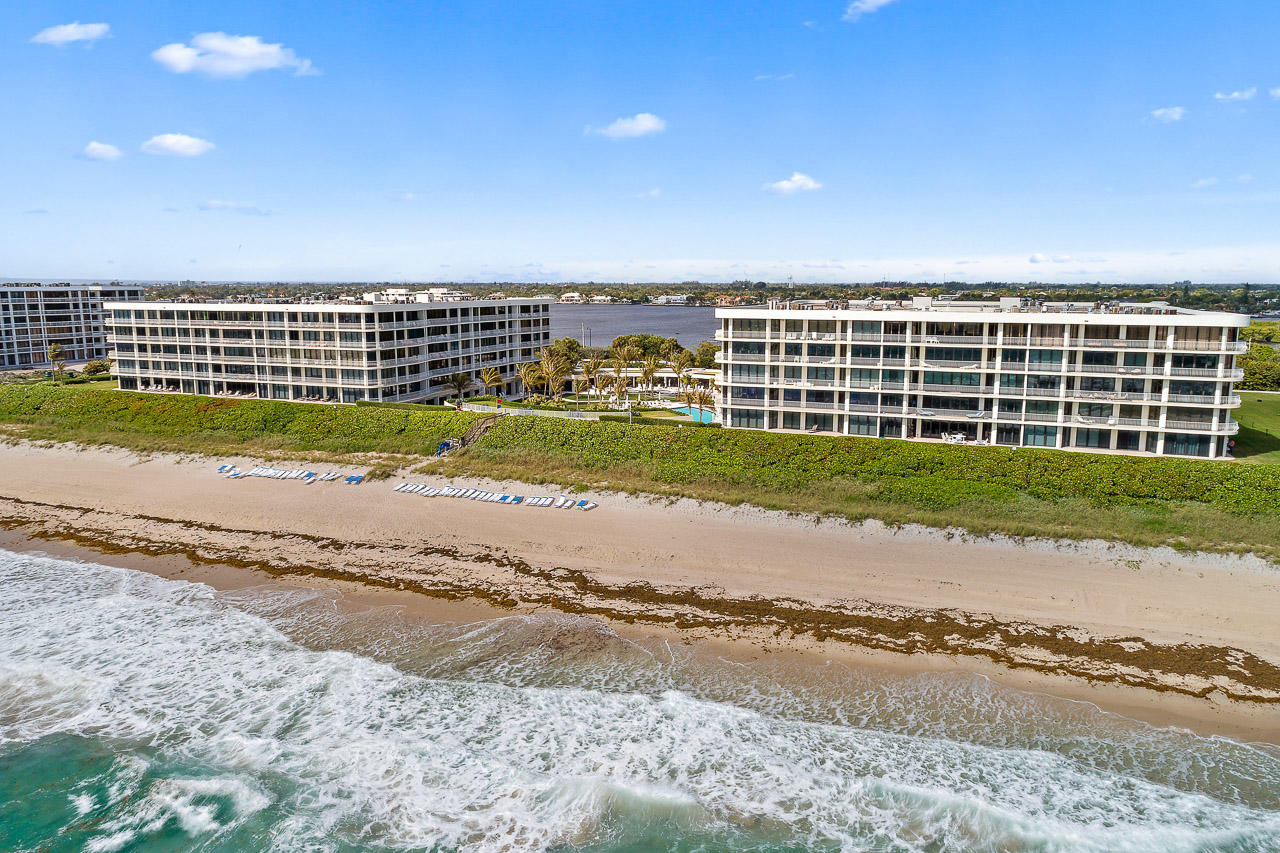 2000 S Ocean Boulevard, Palm Beach, FL 33480
