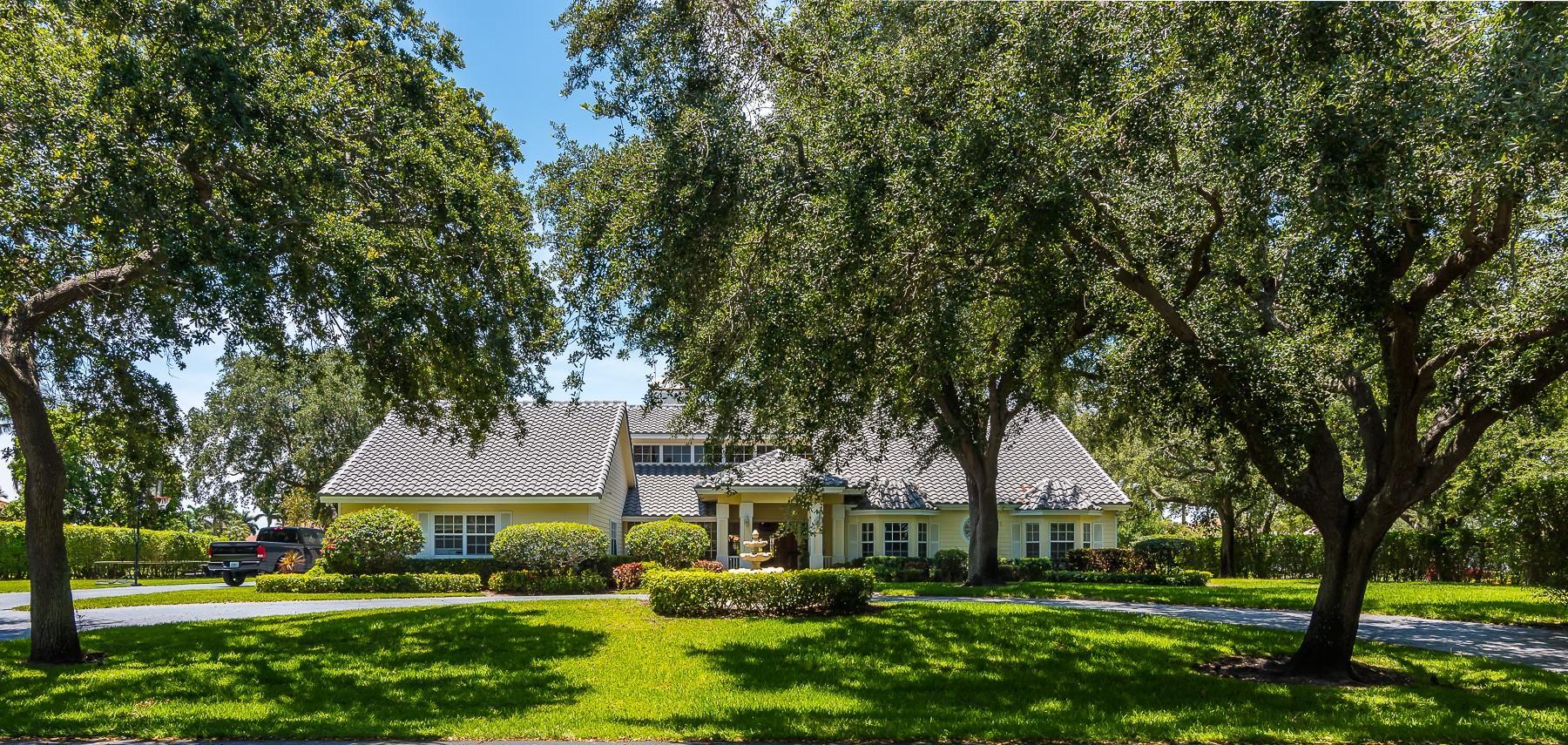 17625 Fieldbrook E Circle, Boca Raton, FL 33496