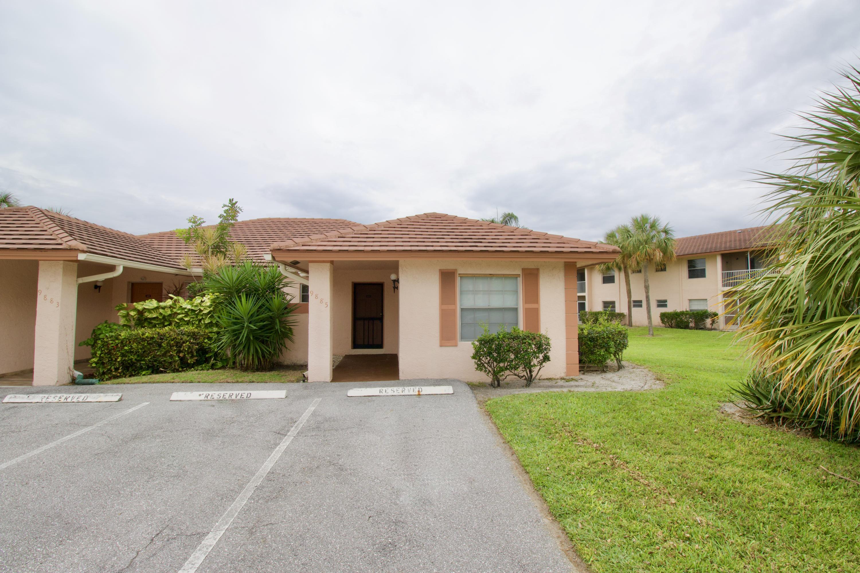 9885 Three Lakes Circle, Boca Raton, FL 33428