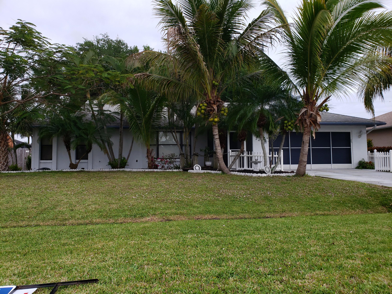 2473 Se Melon Court, Port Saint Lucie, FL 34952