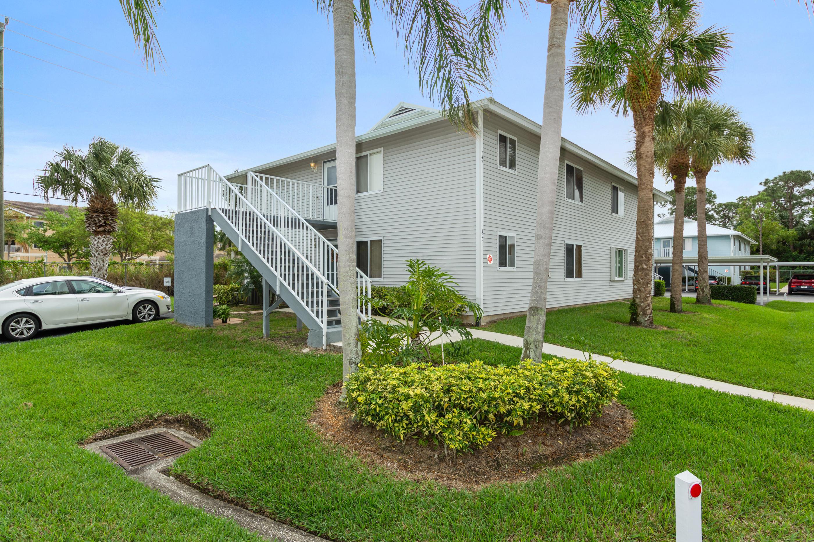 150 Se Village Drive, Port Saint Lucie, FL 34952