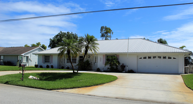 5104 Feather Creek Drive, Fort Pierce, FL 34951
