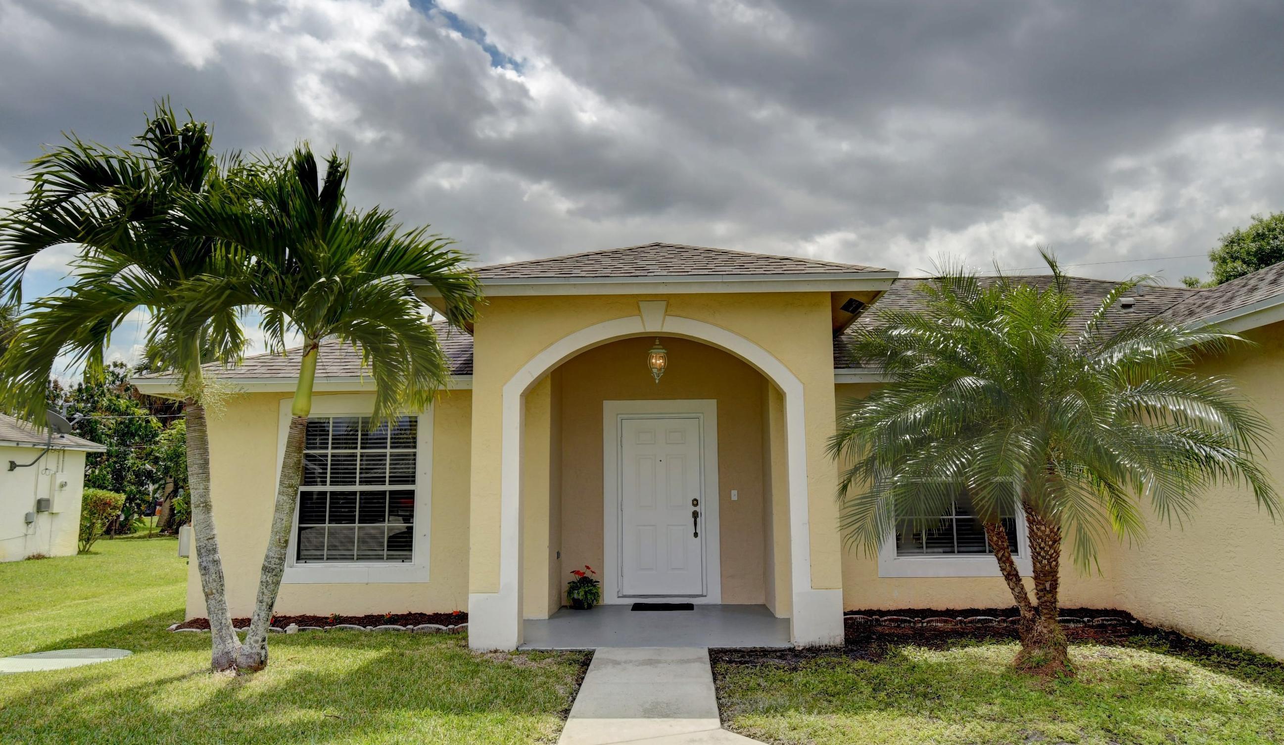 1220 Sw Janette Avenue, Port Saint Lucie, FL 34953