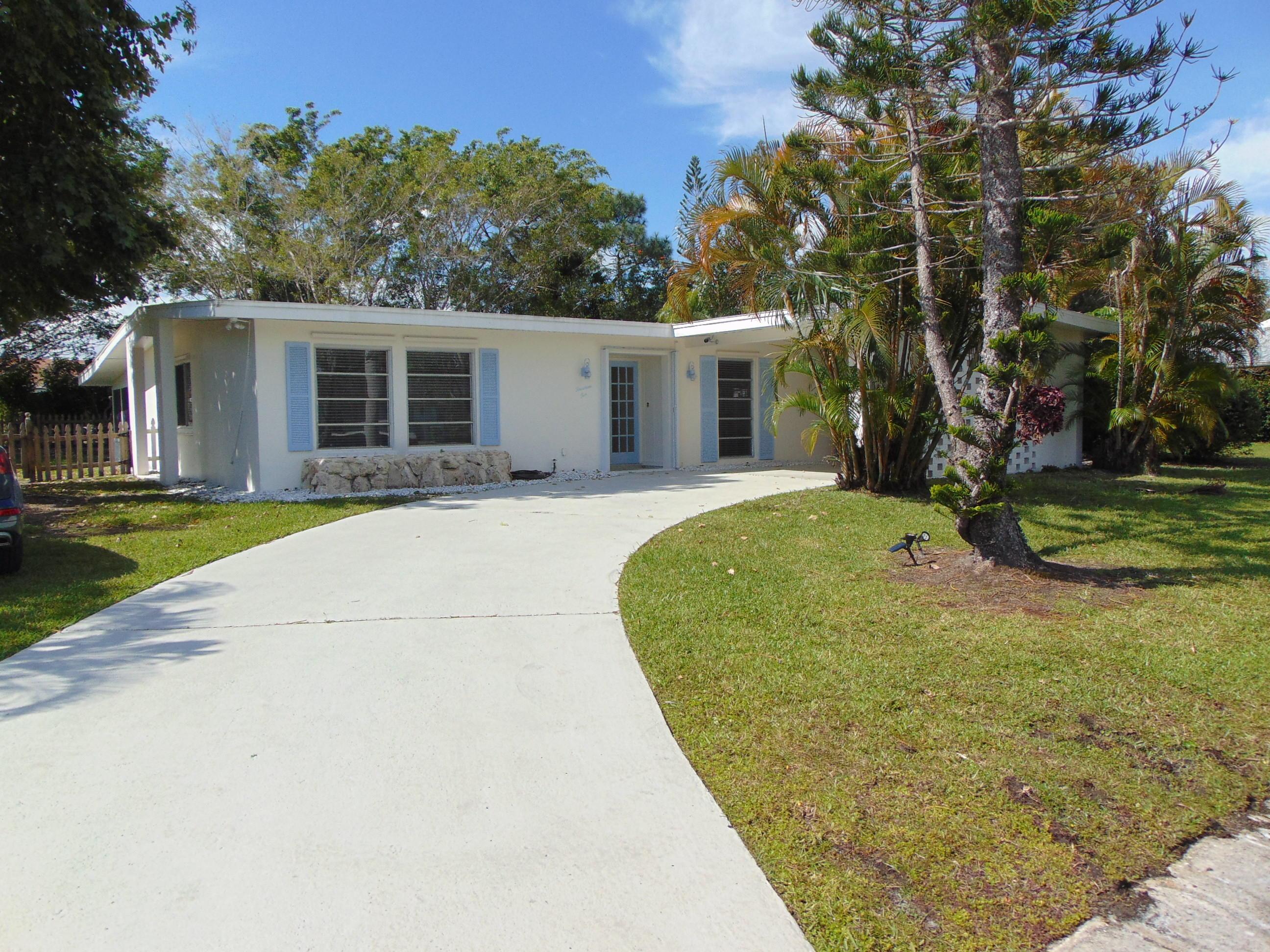 1410 Se San Souci Lane, Port Saint Lucie, FL 34952