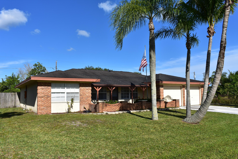 477 Se Sunnydale Lane, Port Saint Lucie, FL 34983