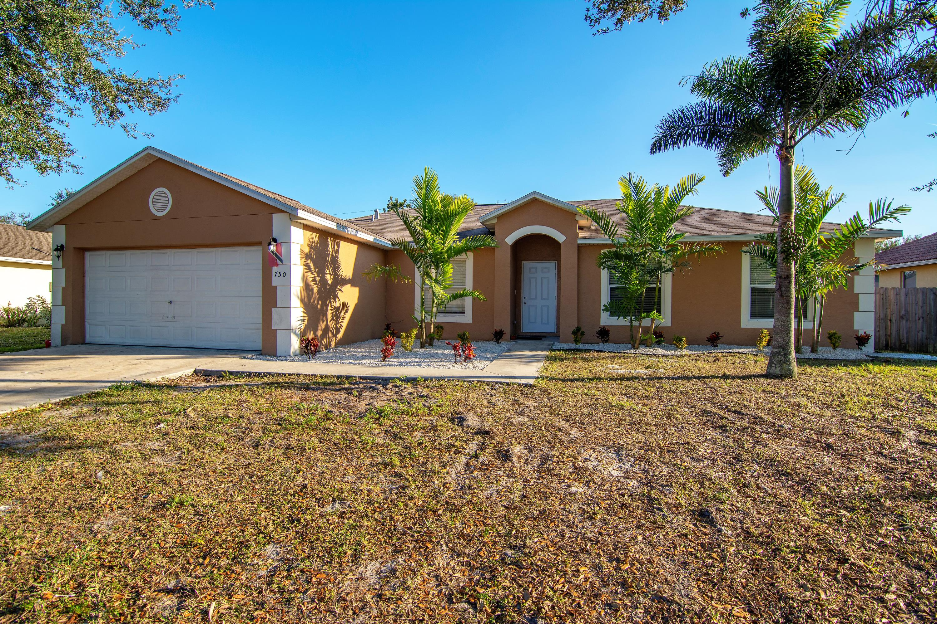 750 Sw Jacoby Avenue, Port Saint Lucie, FL 34953