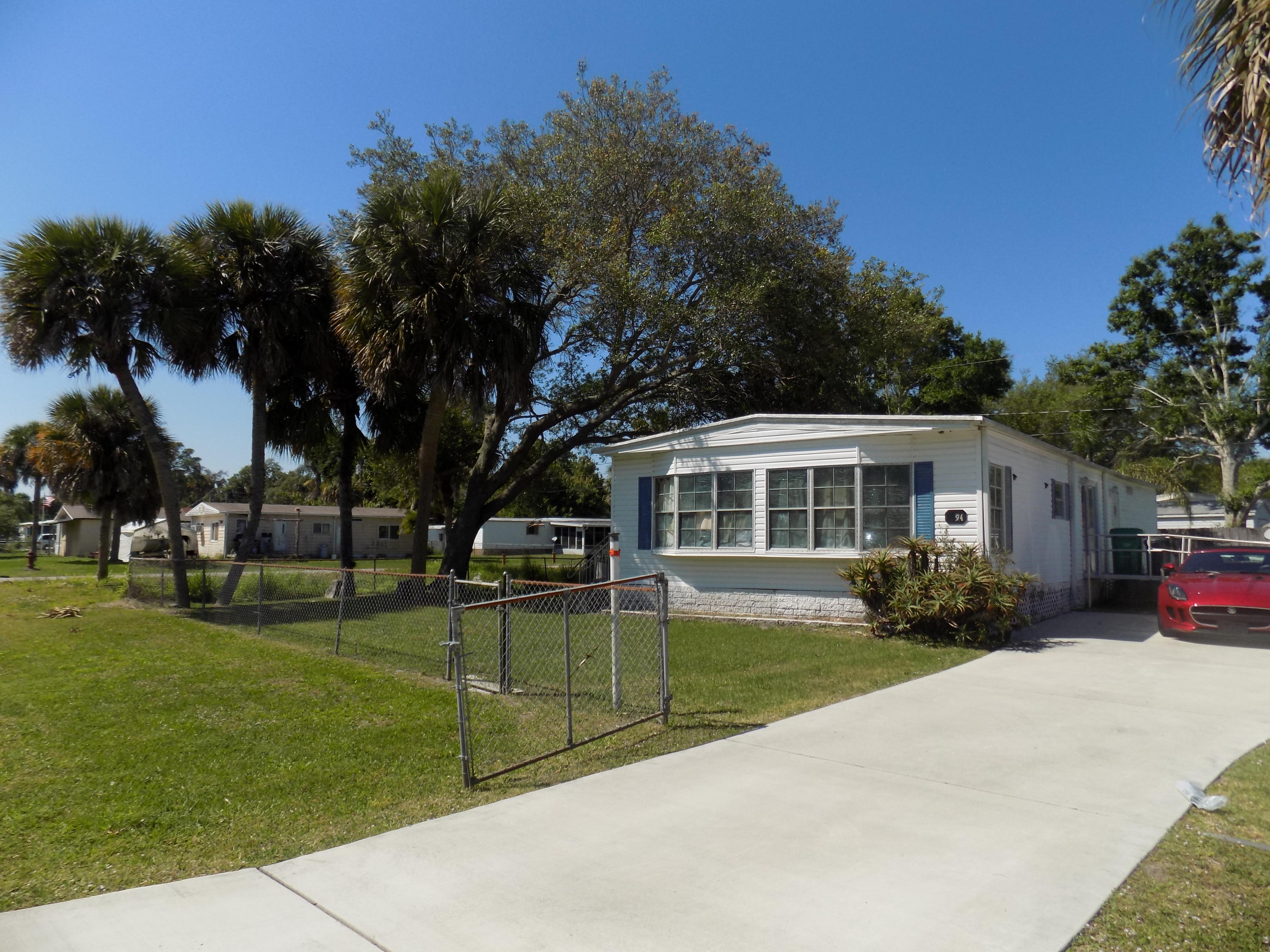 5094 Deanna Lane, Fort Pierce, FL 34946