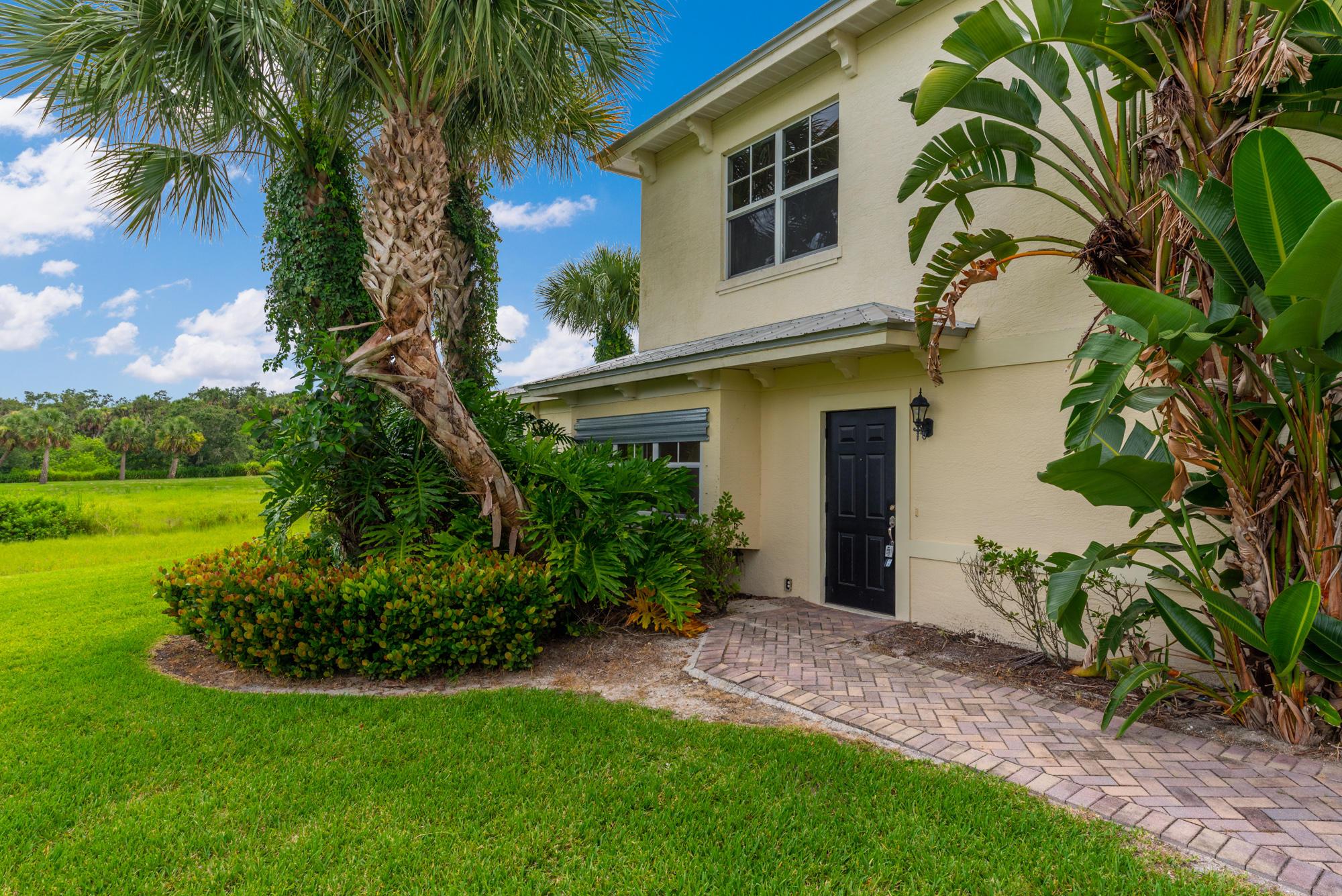 3916 Sabal Way, Fort Pierce, FL 34981