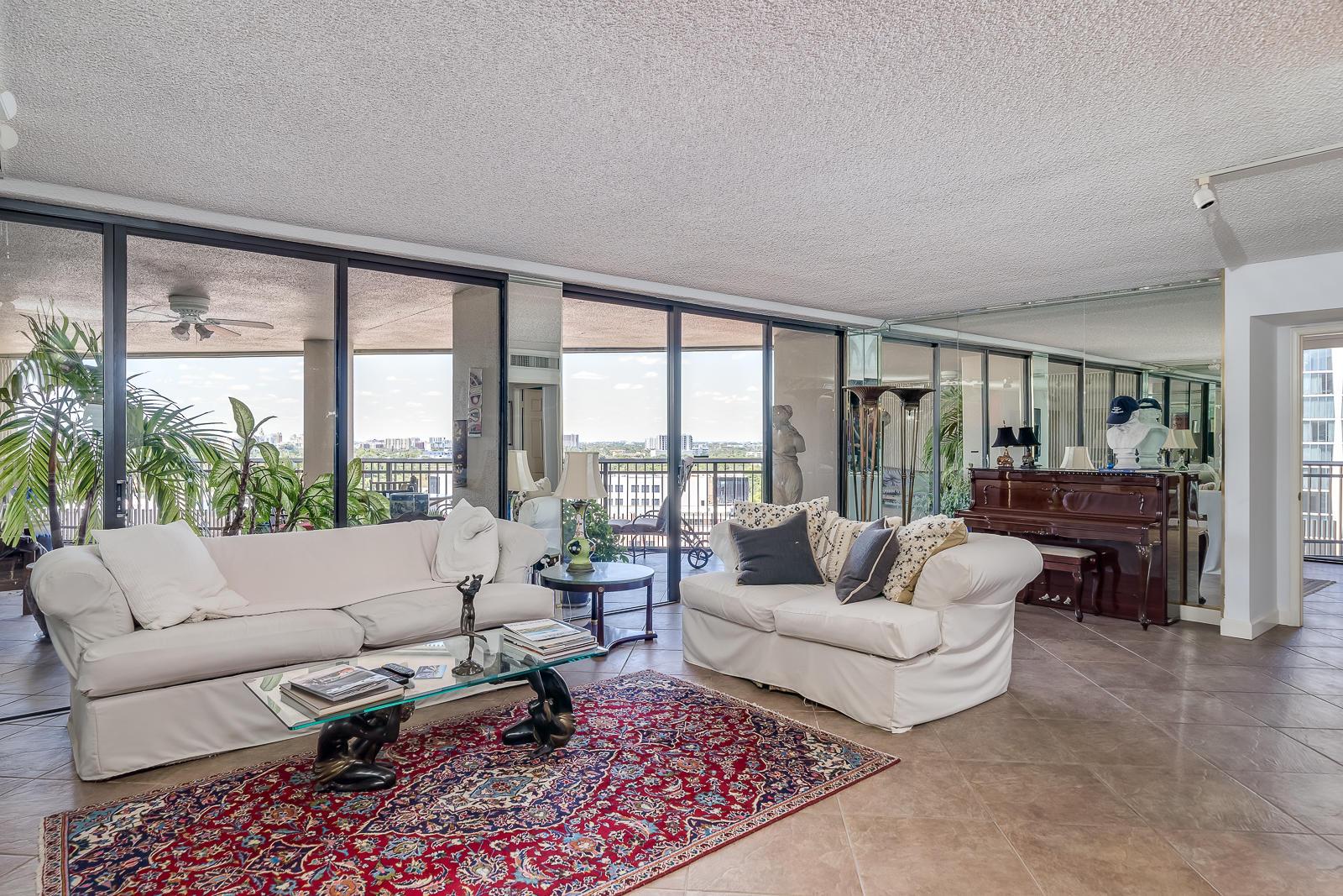 2901 S Bayshore Drive, Miami, FL 33133