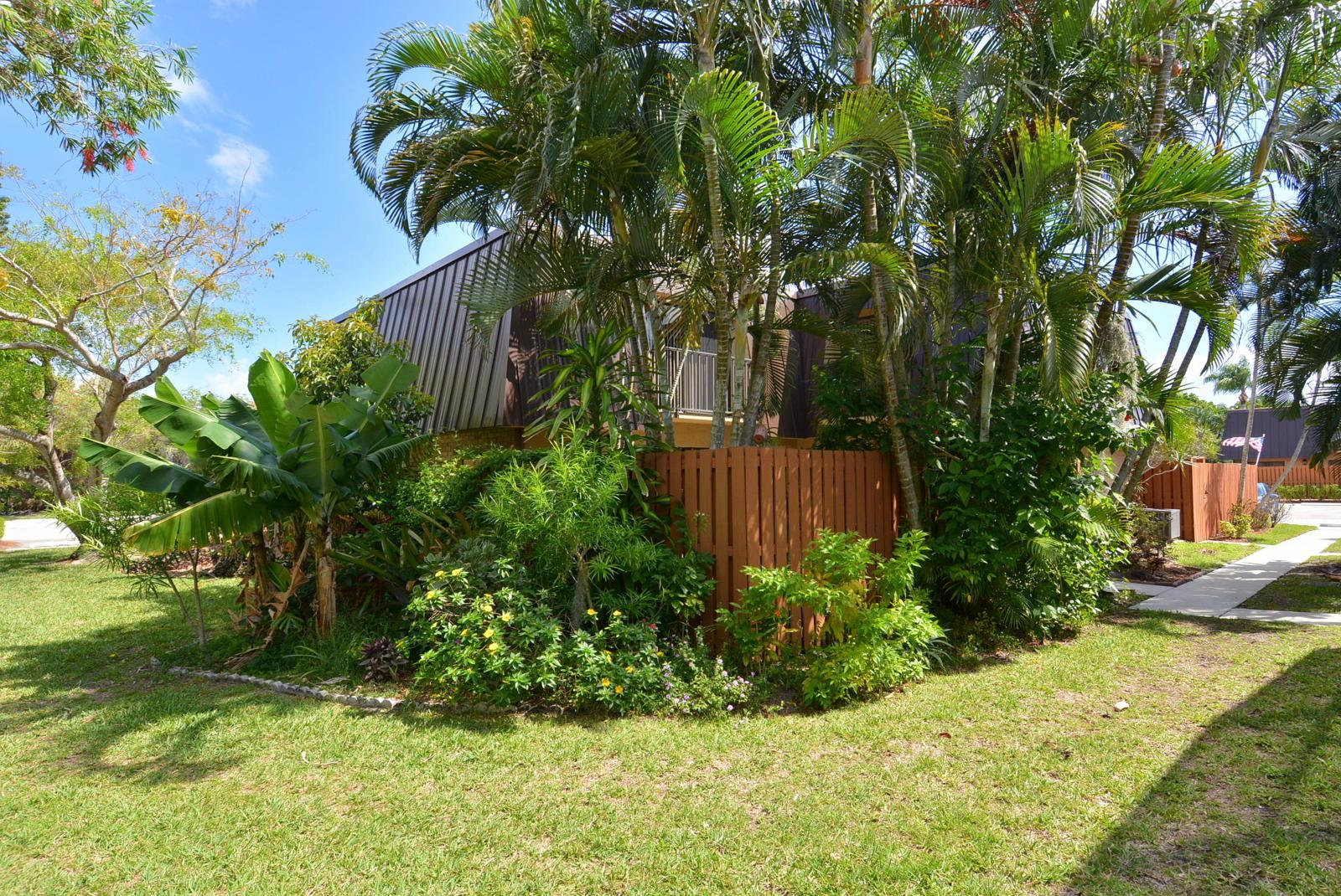 6548 Se Windsong Lane, Stuart, FL 34997