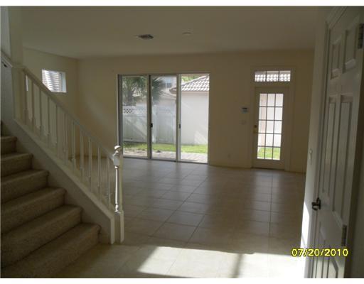 8034 Murano Circle, Palm Beach Gardens, FL 33418